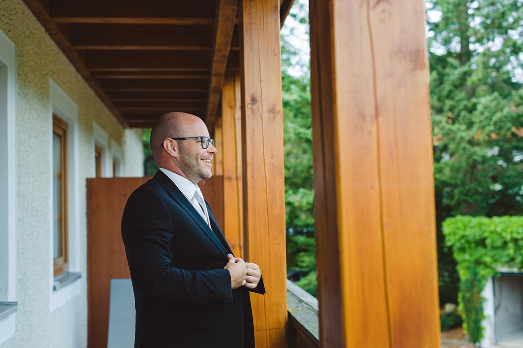 Hochzeitsfotograf bayerischer Wald Anna Eiswert Photographie Berghochzeit kreative Reportage